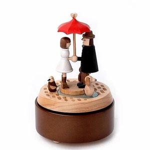 Wooderful Life Music Box – Umbrella love